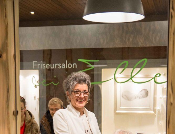 Eröffnung Friseursalon bei Elle Minden