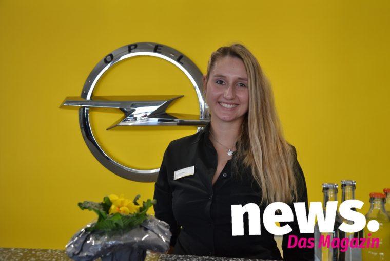 Angrillen bei Opel im Autohaus Kleinemeier in Minden